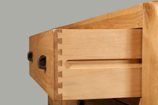 avon-detail-6-drawer_1_14.jpg
