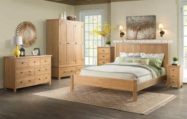 Devonshire Burford Oak Triple Wardrobe with 2 Drawers