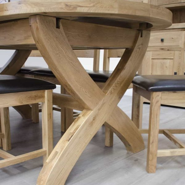 Homestyle Deluxe Solid Oak 1.8m X-Leg Oval Extending Dining Table