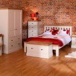 lundy-bedroom-medium-res_1_20.jpg