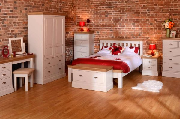 Lundy Painted Ivory With Oak Top  2 over 3 Chest of Drawers | Fully Assembled