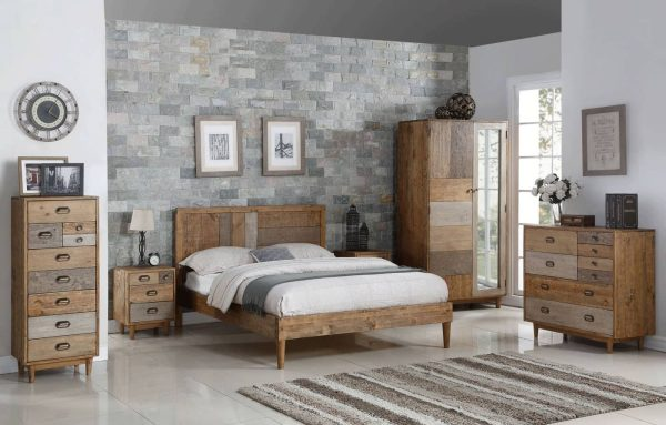 Classic Loft Reclaimed Pine 5′ King Size Bed