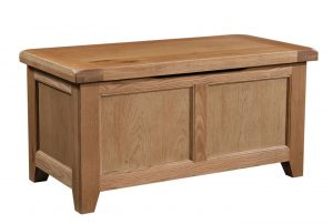 Somerset Waxed Oak Blanket Box| Fully Assembled