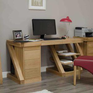 Homestyle Z Solid Oak Large Computer/ Desk   Fully Assembled