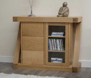 Homestyle Z Solid Oak Small Sideboard with 3 Drawers and 1 Door   Fully Assembled